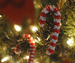Holiday Toddler Crafts: Candy Cane Ornaments