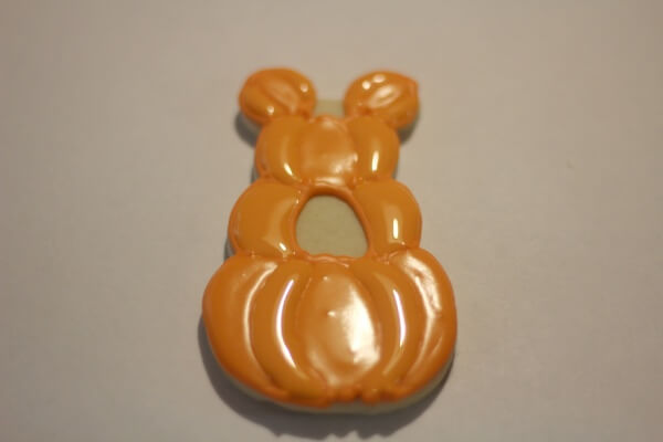 Mickey Mouse Pumpkin Patch in process 2