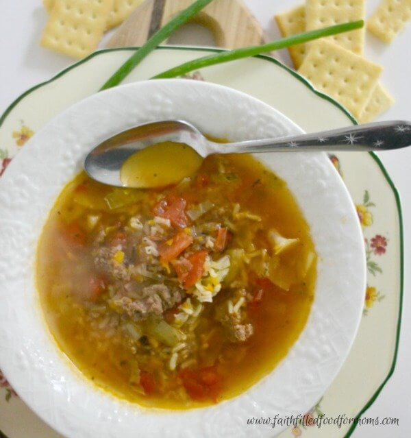 easy-delicious-beef-soup-600x600